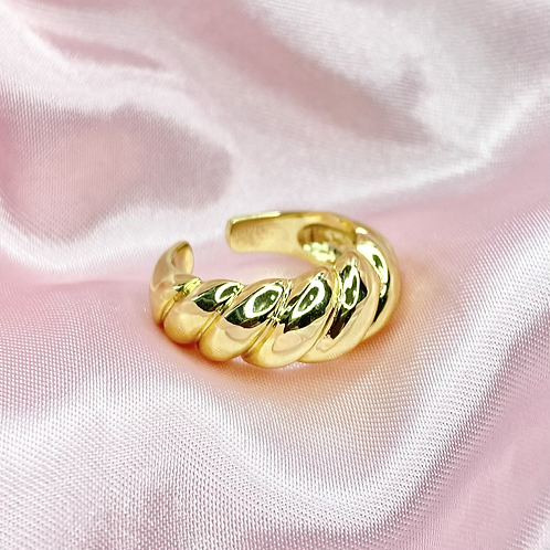 Gold Chunky Croissant Ring