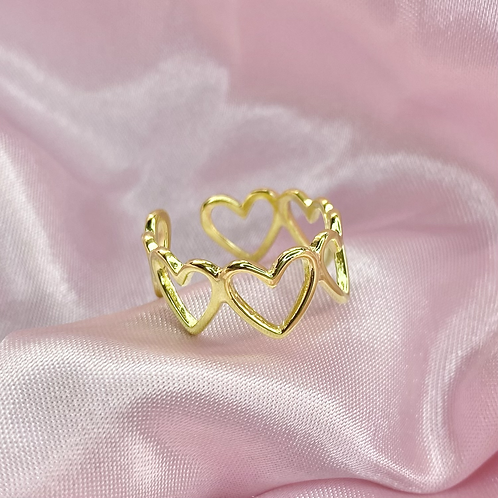Gold Groovy Heart Ring