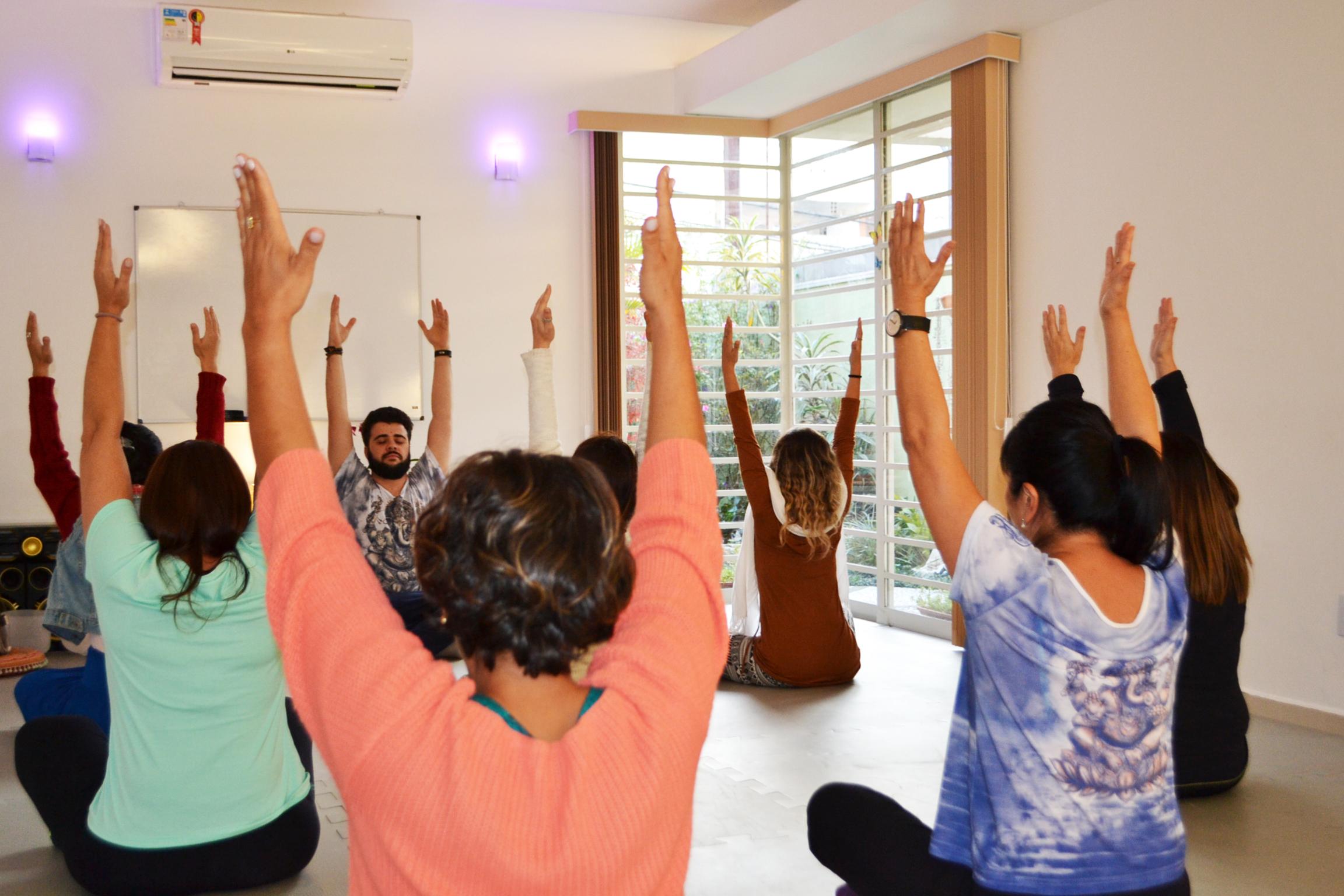 FORMAÇÃO EM YOGA | Yoga Integral Mogi
