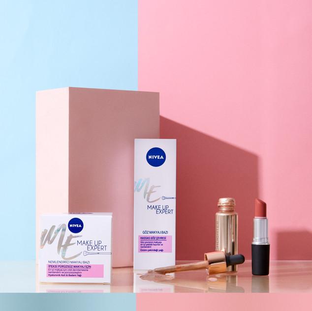 Nivea | Make Up Expert 2020