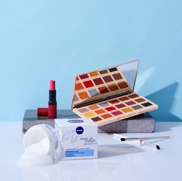 Nivea | Make Up Expert 2020