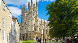 55720-Canterbury-Cathedral