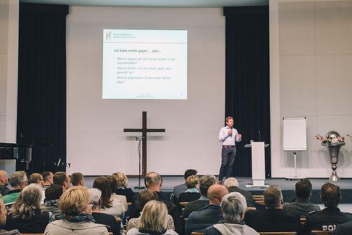 Bild eines Vortrags vor Publikum