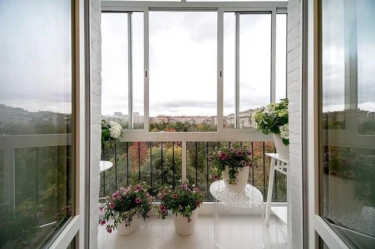 французьке скління балкону