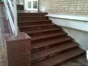 Лестница токовский гранит