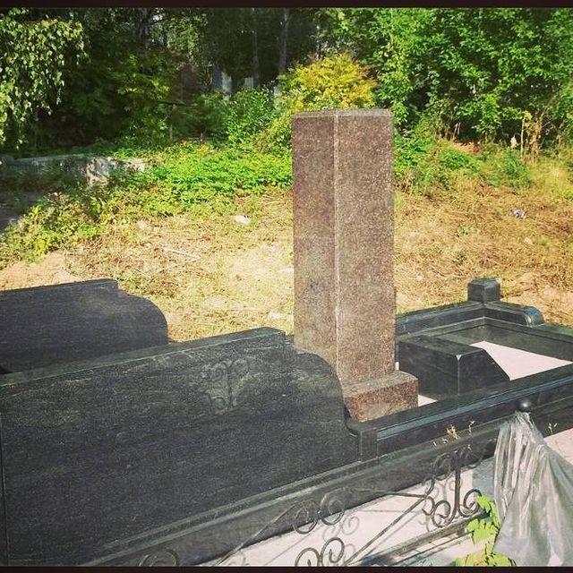 Семейное захоронение размерами 3х6 метра