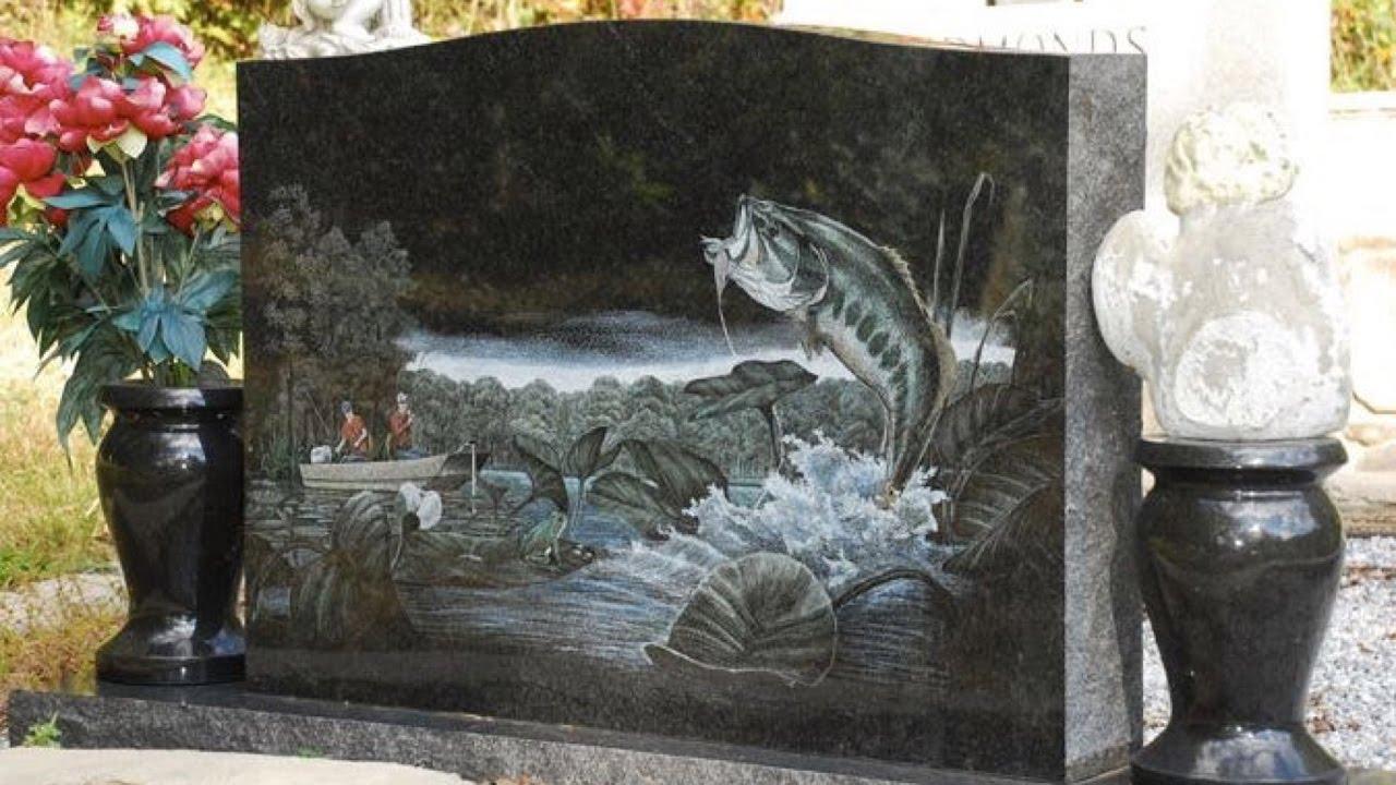 Гравировка изображения на памятнике