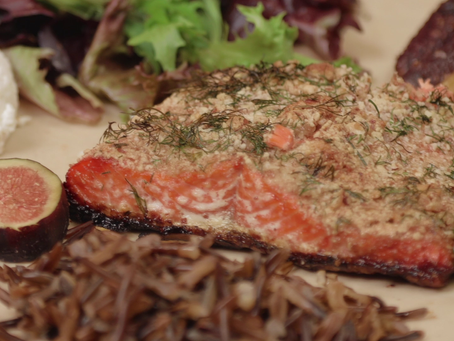 ALMOND-CRUSTED OVEN BAKED SALMON IN HONEY, COCONUT OIL AND DILL