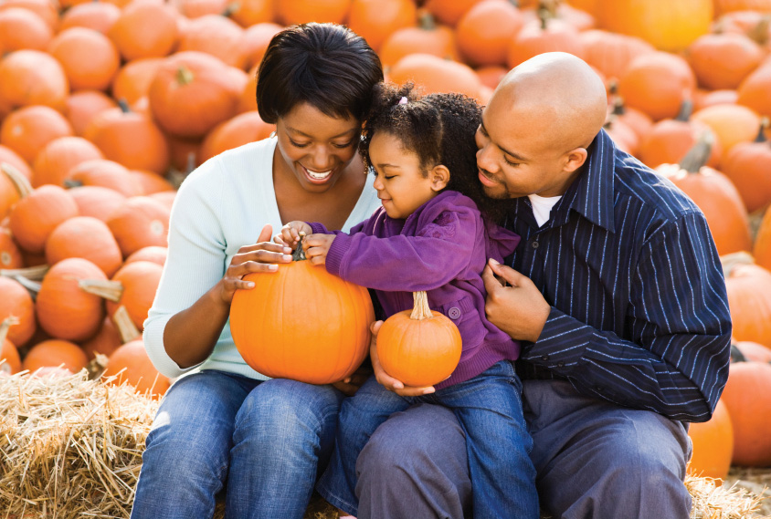 Family_at_Pumpkin_Patch.jpg