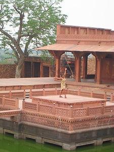 fatehpur sikri_edited.jpg
