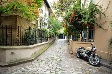 Unique ways to discover Paris