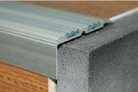 Алюминиевый профиль с двумя резинками ПУ-07(30,8х68)