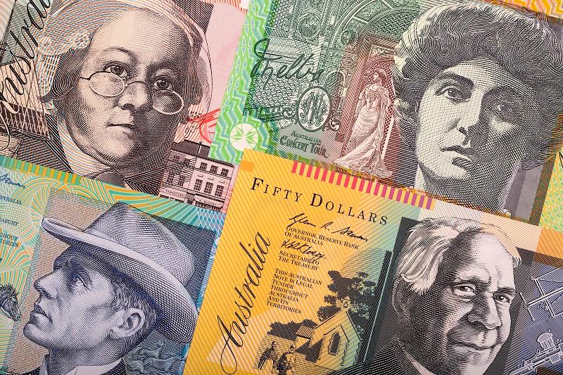 Австралійській долар (англ. Australian dollar, код: AUD) — офіційна валюта Австралії та незалежних тихоокеанських держав Кірибаті, Науру і Тувалу.