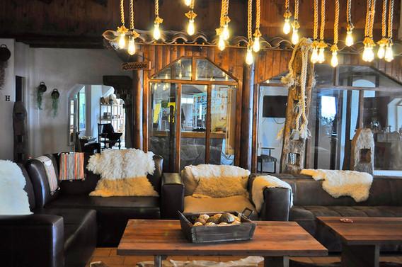 Lounge Hostería