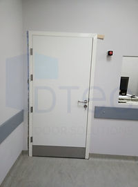 röntgen odası kapısı