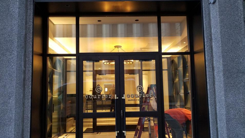 Grand Hyatt Pub | Denver