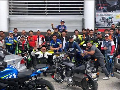 Celebran inicio de MotoGP con rodada