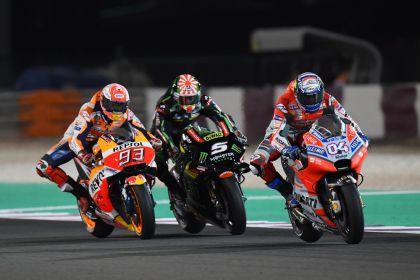 Regresa MotoGP y gana Dovi a Márquez en final de fotografía