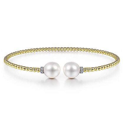 Bujukan Bead Split Bracelet with Pearl and Diamond Caps