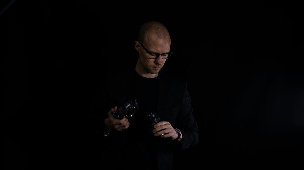 Kalle Eskilsson, making videos.jpg