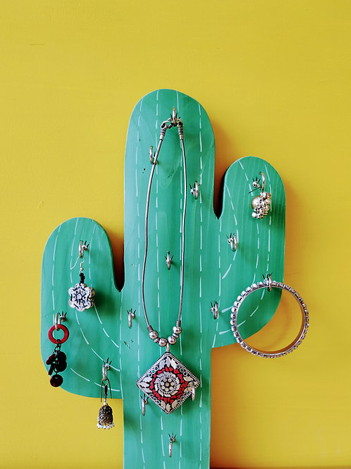 "Wooden Cactus Jewelry Holder (8*16"")"