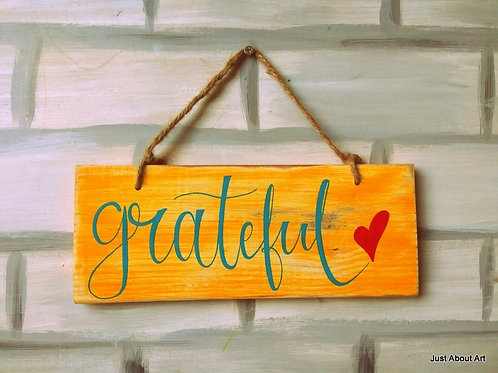 Wooden Sign with Jute Hanging - Grateful