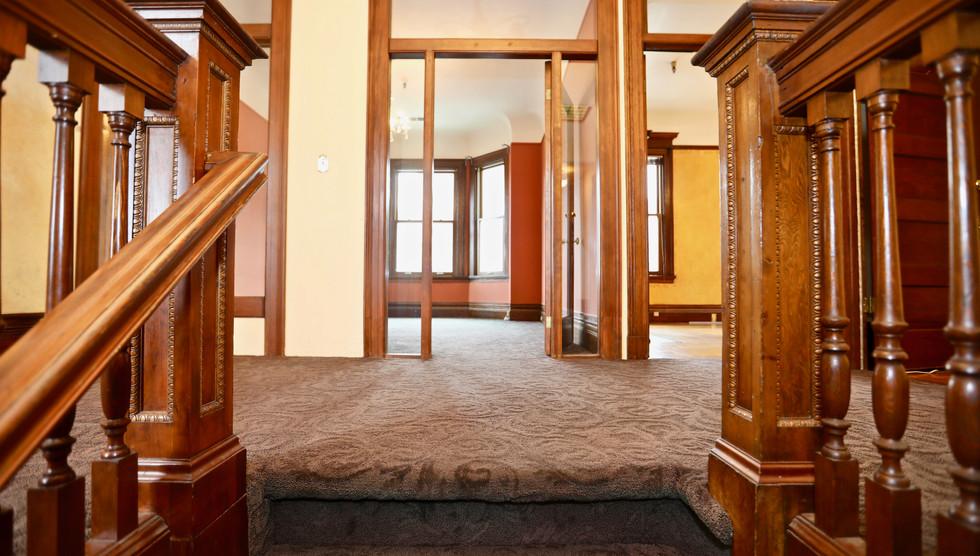 00 Entry Stairs.jpg