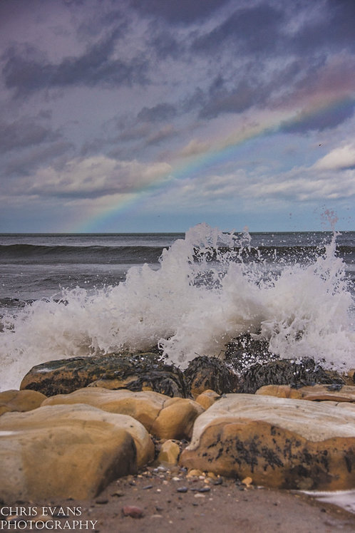 wave to the rainbow canvas