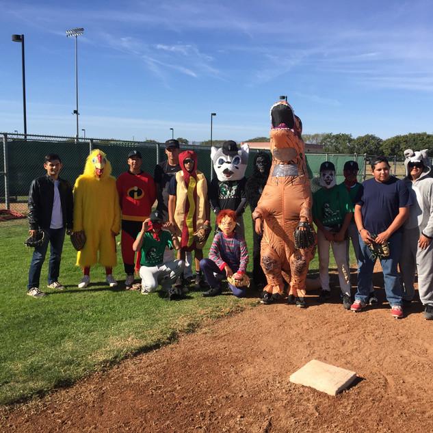 Baseball Players in Halloween Costumes 3018