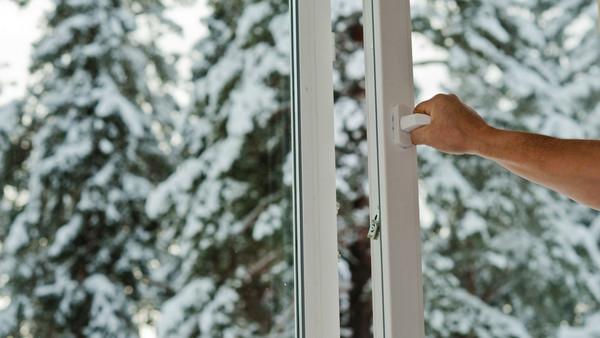 Lukk vinduet!