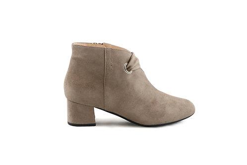 Boots basses en daim