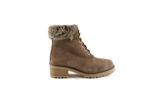 Boots fourrées à lacets