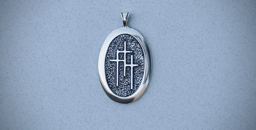 Oval 3 Crosses Pendant