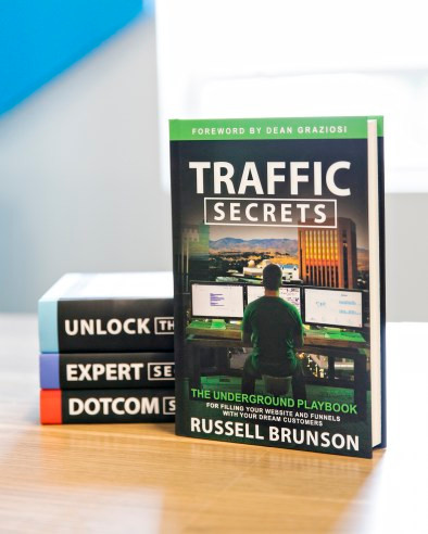 In Traffic Secrets entrepreneur Russell Brunson reveals how to master evergreen traffic strategies. I'm confident these simple strategies will help as well to gain traffic, find new customers, and level up your presence on social media.