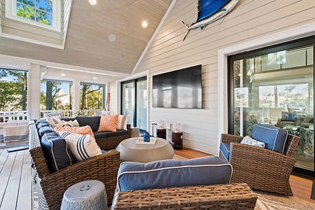 Stokes inclosed porch.JPG