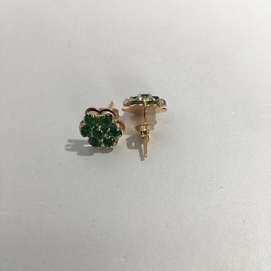 Floral Design Emerald 14k Yellow Gold Gemstone Stud Earrings