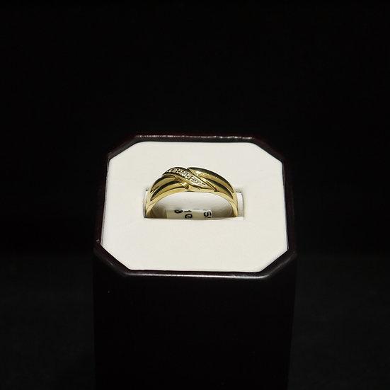 Slanted Design Men's Diamond Yellow Gold Wedding Band