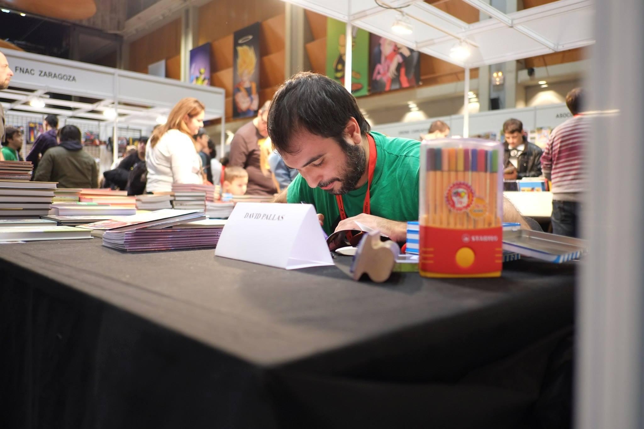 Salón_del_Comic_2015_David_Pallás_Gozalo__Firma_Los_Príncipes_Morados_6