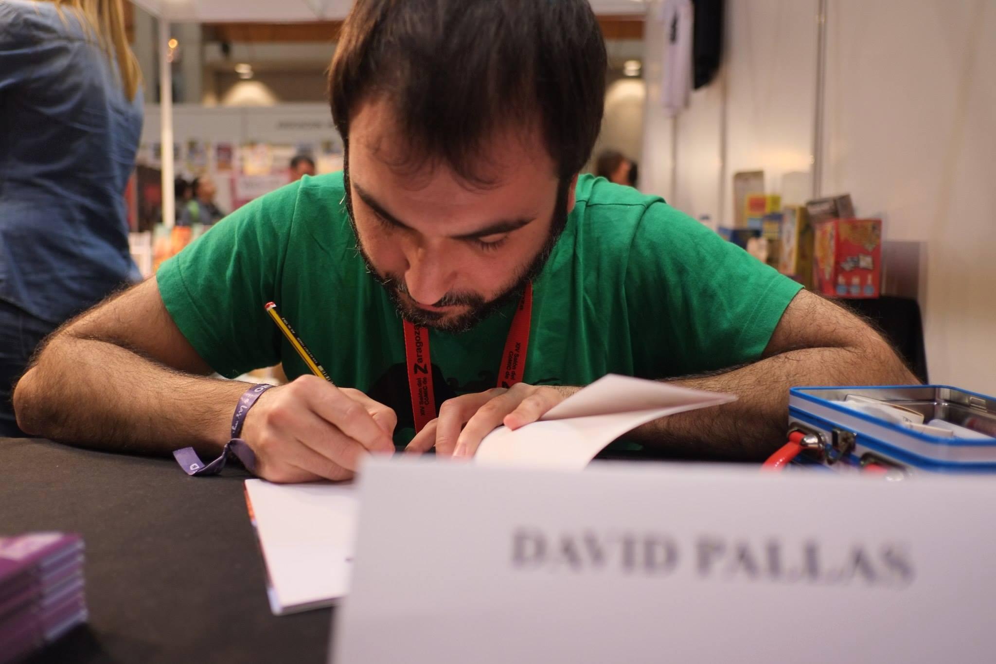 Salón_del_Comic_2015_David_Pallás_Gozalo__Firma_Los_Príncipes_Morados_12