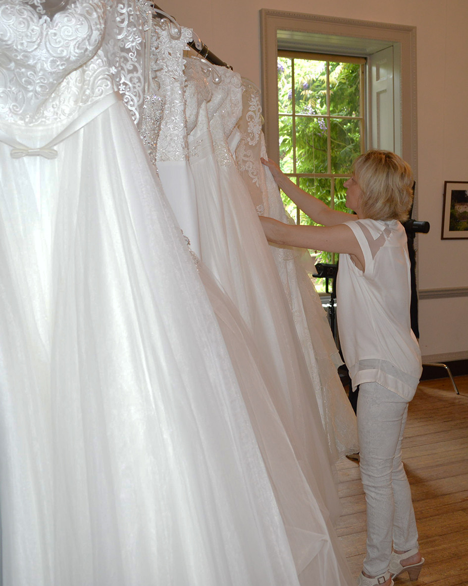 When to start looking for the dress