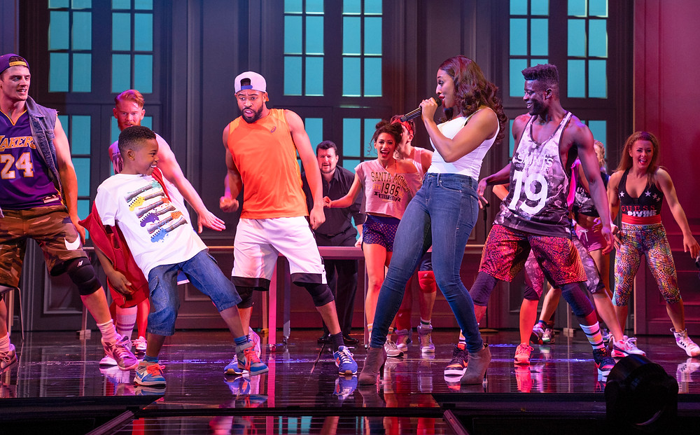 Alexandra Burke 'Rachel Marron' and The Company in The Bodyguard UK Tour - 2772 - Photo by Paul Coltas (10)