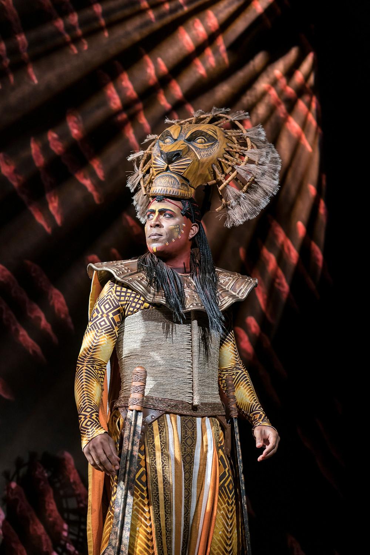 Jean-Luc Guizonne (Mufasa) in Disney's The Lion King UK & Ireland tour -® Disney