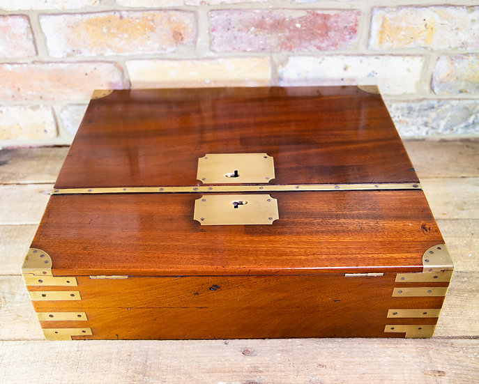 Large Solid Mahogany Campaign Box c.1800 SOLD