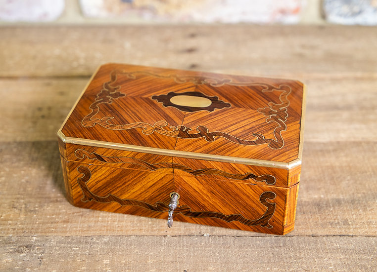 kingwood Table Box 1870 SOLD