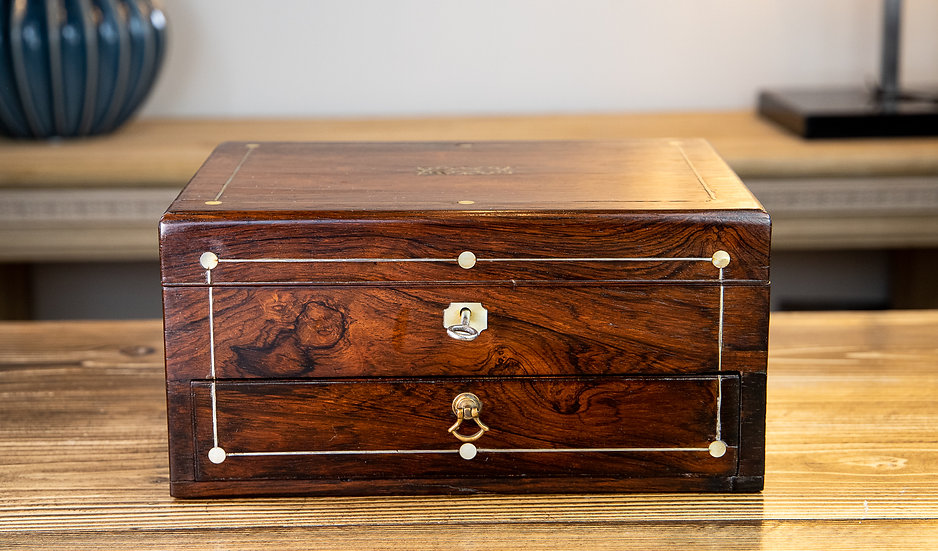 Ladies Box Rosewood 1830 SOLD