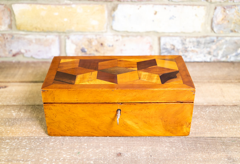 Cube Inlaid Table box c.1870