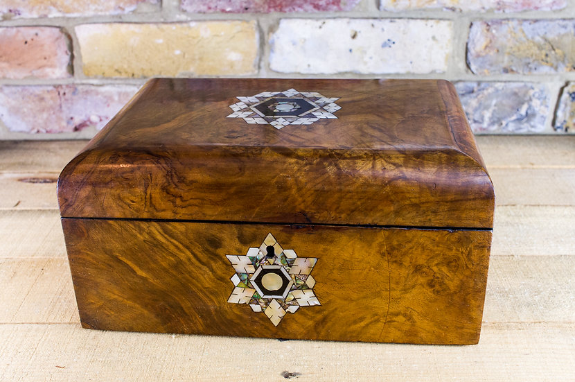 Burr Walnut Inlaid Table box c.1870 SOLD
