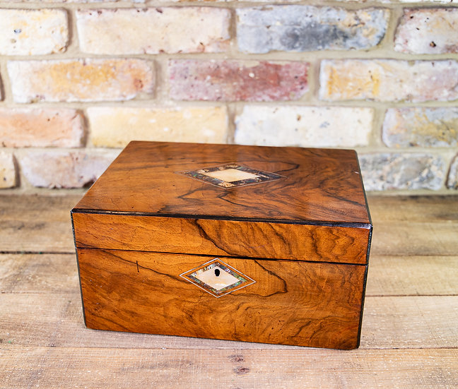 Figured Walnut Table Box 1880