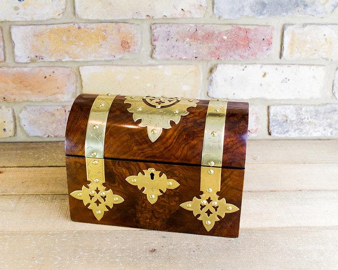 Burr Walnut twin lid Victorian Tea Caddy c.1870 SOLD