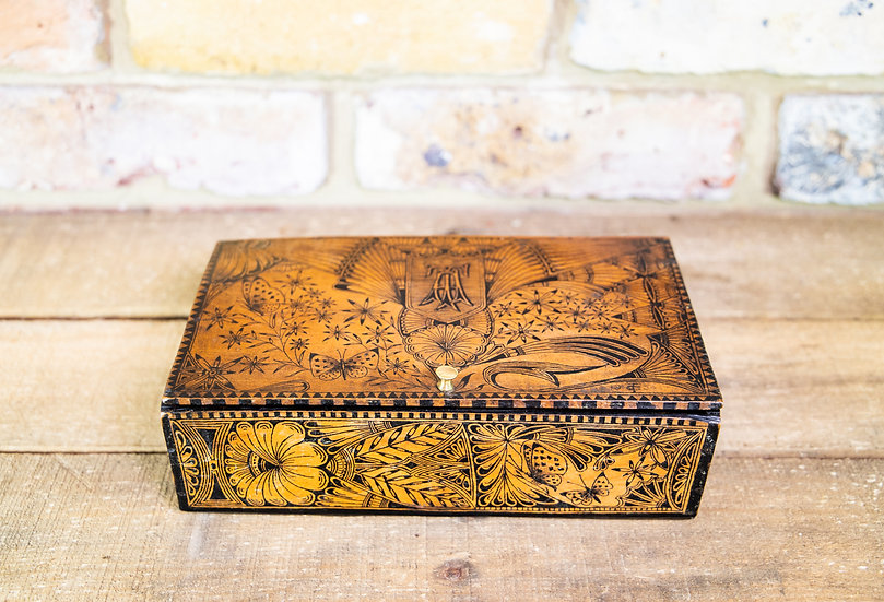 Fine Quality Pen Work Box c.1790 SOLD